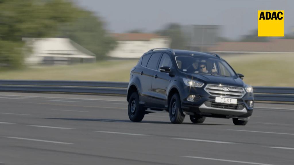 A 235/5 R17-es négyévszakos SUV gumiabroncsok tesztje - ADAC 2020